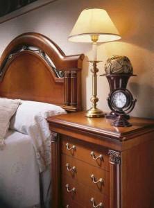 Dormitorio clásico madera en Zaragoza