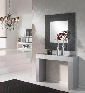 Espejo cuadrado con marco gris oscuro