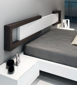 Cabecero moderno en dormitorio de Zaragoza