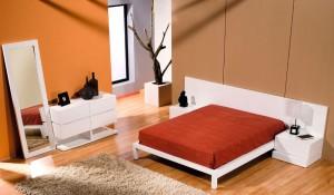 Dormitorio moderno naranja en Zaragoza