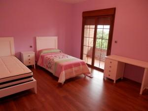 dormitorio juvenil con dos camas Zaragoza
