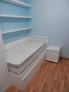 Dormitorio blanco juvenil en Zaragoza
