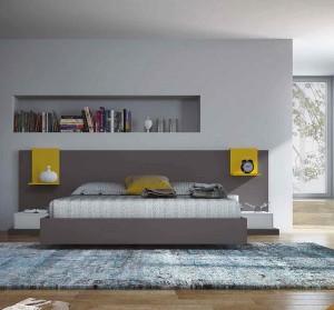 Tonos limas y grises en dormitorio moderno de Zaragoza