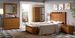 Dormitorio tradicional iluminado