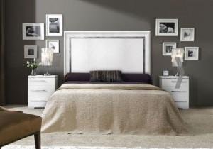 Dormitorio contemporáneo tonos claros en Zaragoza