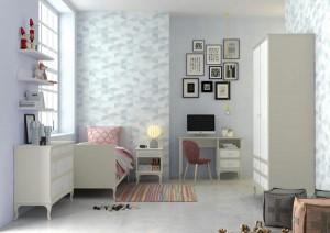 Habitación con cuadros juveniles en Zaragoza