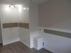 armario empotrado zaragoza blanco minimalista
