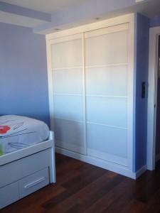 Puertas correderas mueble dormitorio