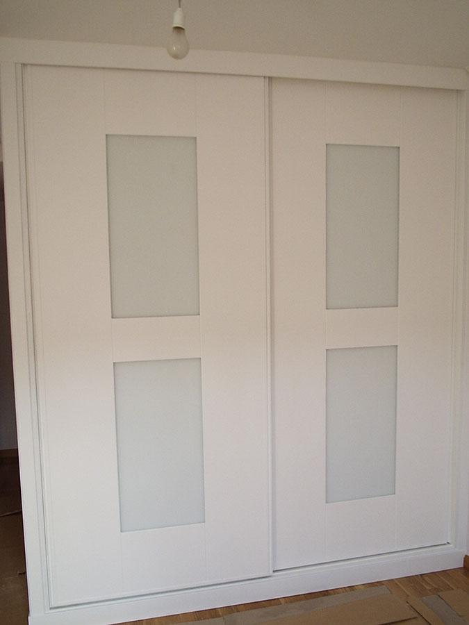 Armarios con puertas correderas - Puertas de armarios ...