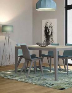 Mesa de madera contemporanea