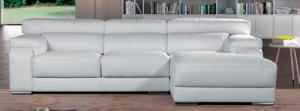 Sofá grande blanco tres plazas