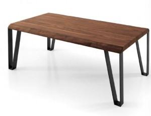 Mesa de salón de madera oscura con patas metálicas