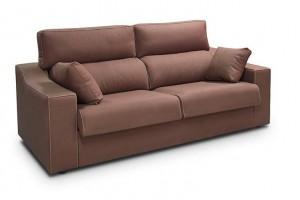 Sofá dos plazas marrón muy cómodo