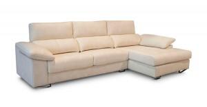 Sofá amplio tres plazas blanco crema